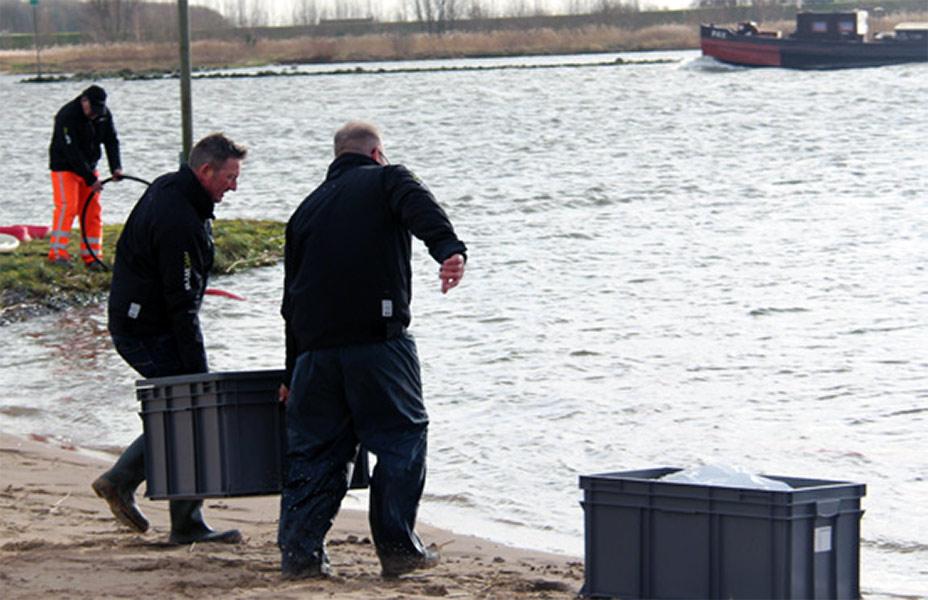 Intervenții la inundații
